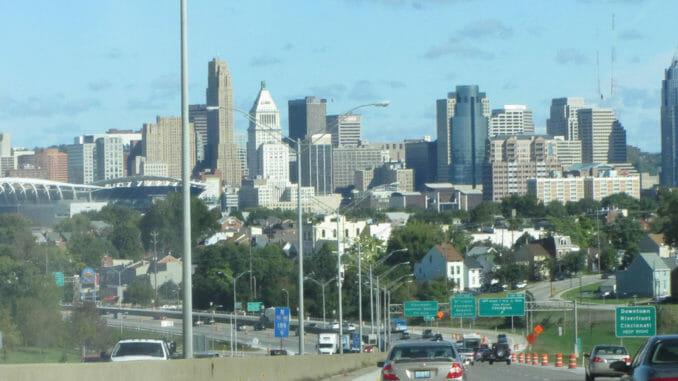 Ohio road into the city
